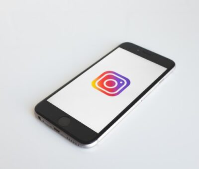 The-Ultimate-Instagram-Growth-Hacking-Course.jpg